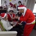 6.クリスマス会-サンタさんよりプレゼント♡