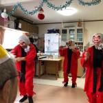 2018.12.20 クリスマス会 ひょっとこ踊りを見て楽しみました